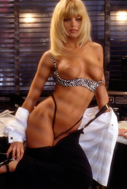 Alicia rickter playmate 1995 playboy - 3 5